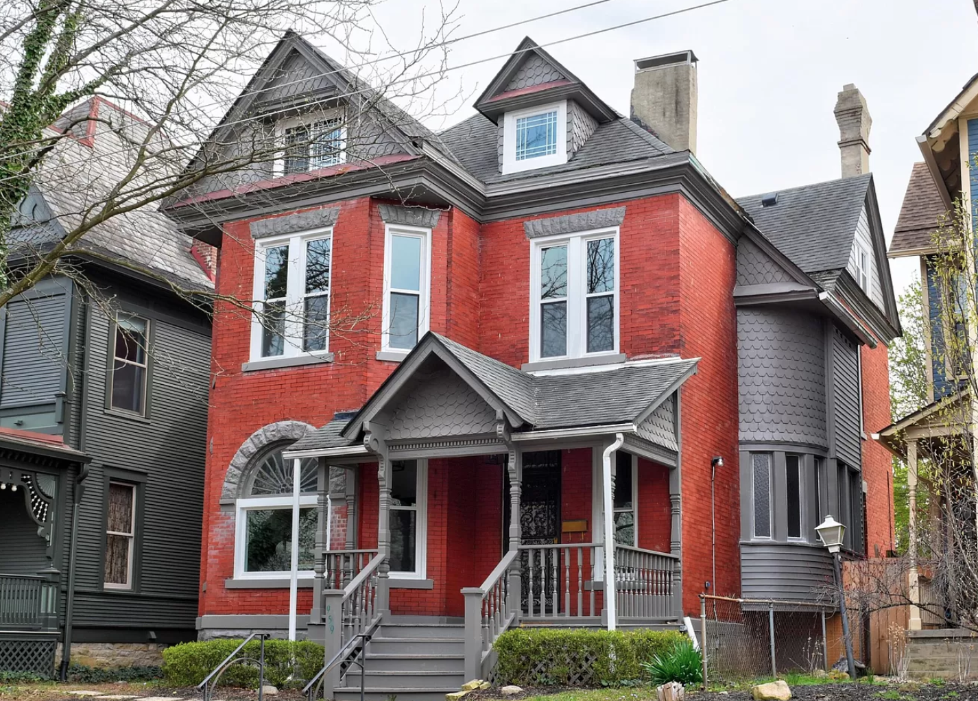 Columbus house flips come in all shapes and sizes across the capital of the Buckeye State. One particular Ohio house flipper recently partnered with us to complete a fixer-upper project in the city of Columbus that we are pleased to share as April 2021's featured flip.