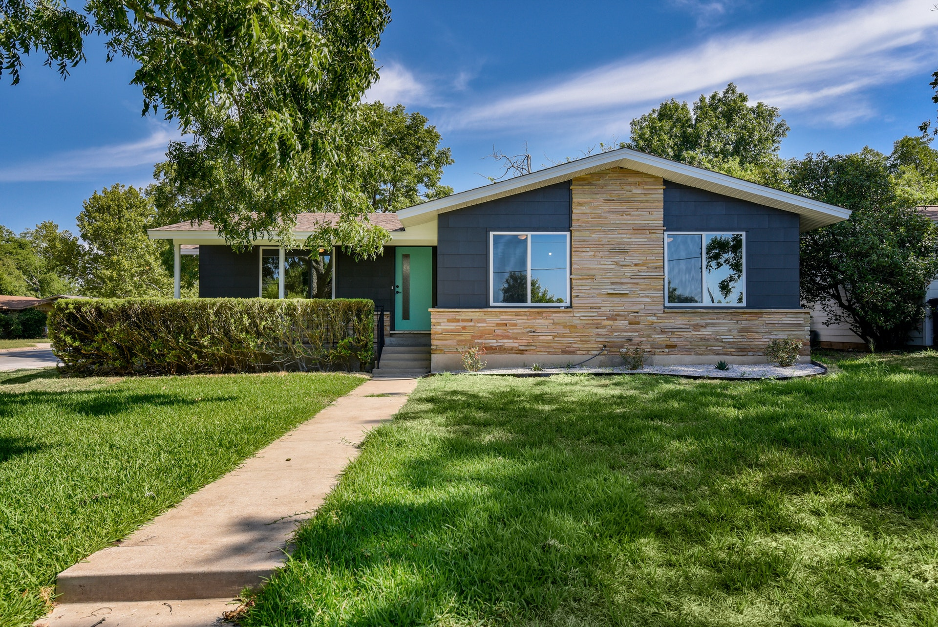 House flipping in Austin, TX continues throughout its downtown and surrounding areas as new investment opportunities emerge.